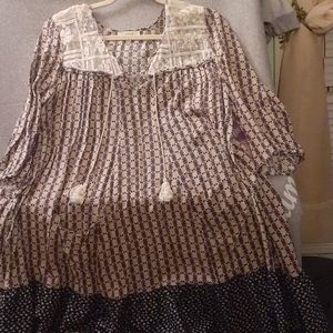 Very cute size extra large tunic